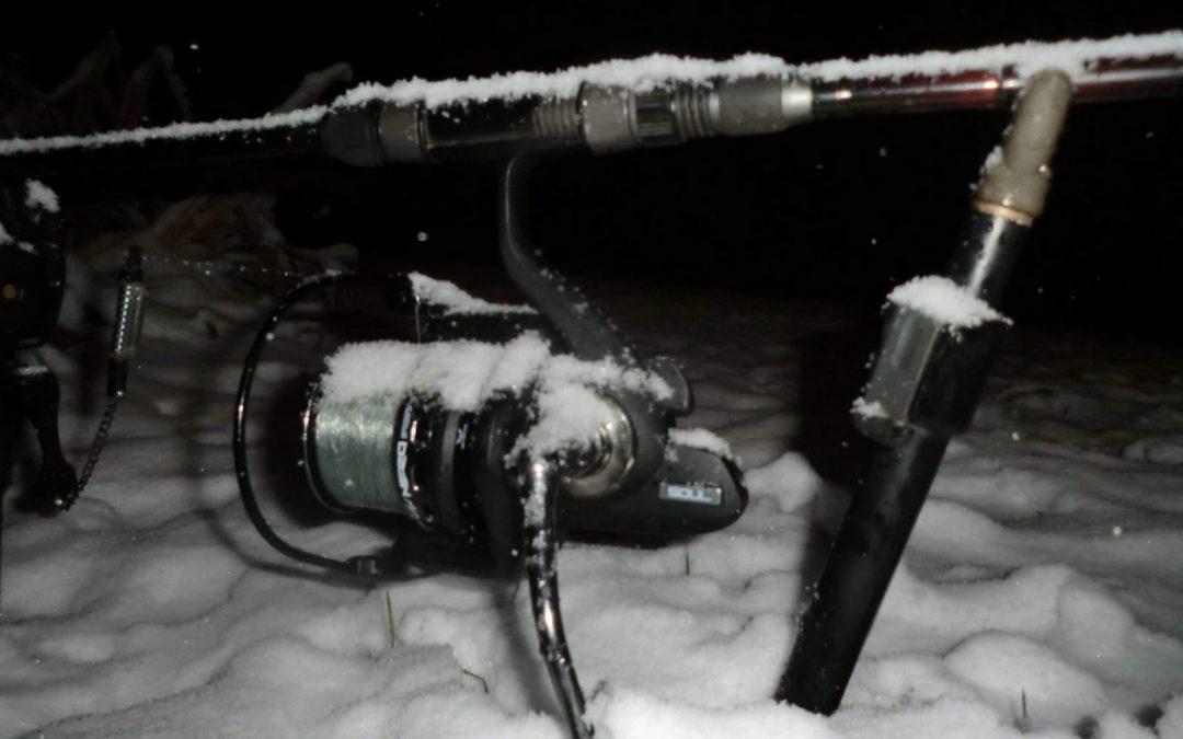 Soul Team member Sjors Quaedackers op jacht naar een sneeuw karper.